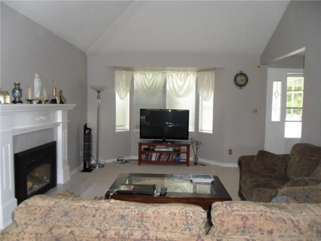 Photo 6: Photos: 2534 Bluebell Avenue in Coquitlam: Summitt View House for sale : MLS®# v896160