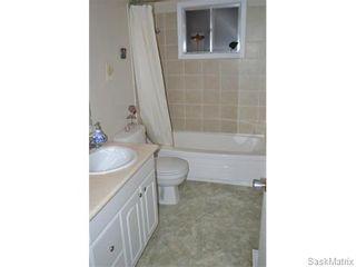Photo 14: 2408 Irvine Avenue in Saskatoon: Nutana Park Single Family Dwelling for sale (Saskatoon Area 02)  : MLS®# 565482