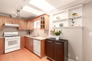 Photo 15: 440 W 13TH Avenue in Vancouver: Mount Pleasant VW Townhouse for sale (Vancouver West)  : MLS®# R2561299