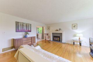 "Photo 3: 11366 LOUGHREN Drive in Surrey: Bolivar Heights House for sale in ""BIRDLAND"" (North Surrey)  : MLS®# R2373377"