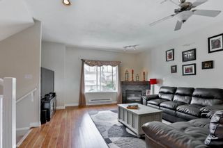 """Photo 4: 26 18181 68 Avenue in Surrey: Cloverdale BC Townhouse for sale in """"Magnolia"""" (Cloverdale)  : MLS®# R2061851"""