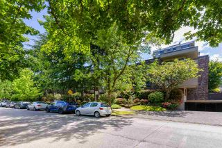 """Photo 28: 102 1266 W 13TH Avenue in Vancouver: Fairview VW Condo for sale in """"LANDMARK SHAUGHNESSY"""" (Vancouver West)  : MLS®# R2591227"""