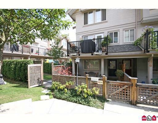 """Main Photo: 27 5388 201A Street in Langley: Langley City Townhouse for sale in """"THE COURTYARD"""" : MLS®# F2919869"""