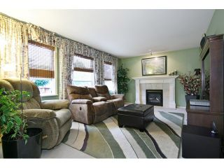 """Photo 11: 18861 64TH Avenue in Surrey: Cloverdale BC House for sale in """"CLOVERDALE"""" (Cloverdale)  : MLS®# F1442792"""