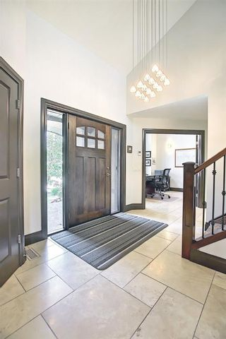 Photo 6: 136 Edelweiss Drive NW in Calgary: Edgemont Detached for sale : MLS®# A1127888