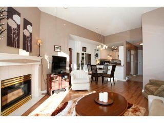 "Photo 5: 311 5955 177B Street in Surrey: Cloverdale BC Condo for sale in ""WINDSOR PLACE"" (Cloverdale)  : MLS®# F1433073"