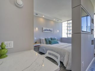 """Photo 14: 905 1250 BURNABY Street in Vancouver: West End VW Condo for sale in """"The Horizon"""" (Vancouver West)  : MLS®# R2559858"""