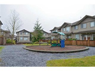 "Photo 17: 25 3127 SKEENA Street in Port Coquitlam: Riverwood Townhouse for sale in ""RIVER'S WALK"" : MLS®# V1042691"