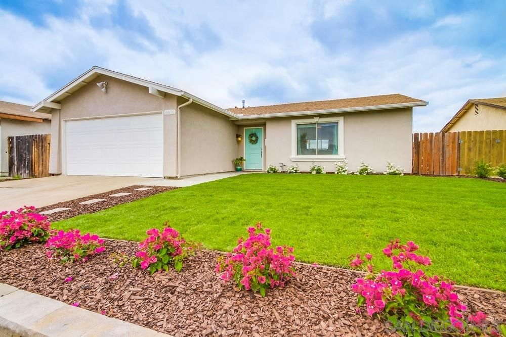 Main Photo: MIRA MESA House for sale : 3 bedrooms : 8876 Westmore Road in San Diego