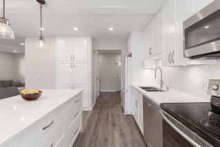 Photo 2: 2823 VICTORIA Drive in Vancouver: Grandview Woodland 1/2 Duplex for sale (Vancouver East)  : MLS®# R2416578