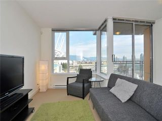 """Photo 1: 1201 33 SMITHE Street in Vancouver: Yaletown Condo for sale in """"Coopers Lookout"""" (Vancouver West)  : MLS®# V924404"""