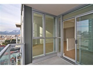 """Photo 10: 1406 189 NATIONAL Avenue in Vancouver: Mount Pleasant VE Condo for sale in """"THE SUSSEX"""" (Vancouver East)  : MLS®# V1132745"""