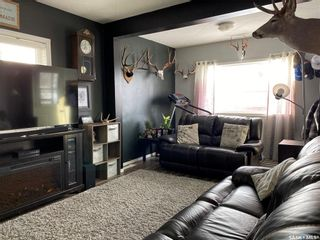 Photo 5: 825 2nd Avenue in Raymore: Residential for sale : MLS®# SK841222