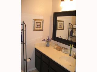 Photo 11: PACIFIC BEACH Townhome for sale : 2 bedrooms : 1648 Oliver # 3