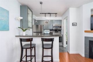 """Photo 7: 1106 1068 HORNBY Street in Vancouver: Downtown VW Condo for sale in """"The Canadian at Wall Centre"""" (Vancouver West)  : MLS®# R2485432"""