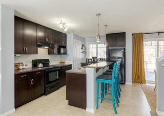 Photo 8: 69 PRESTWICK Villas SE in Calgary: McKenzie Towne Row/Townhouse for sale : MLS®# A1077678