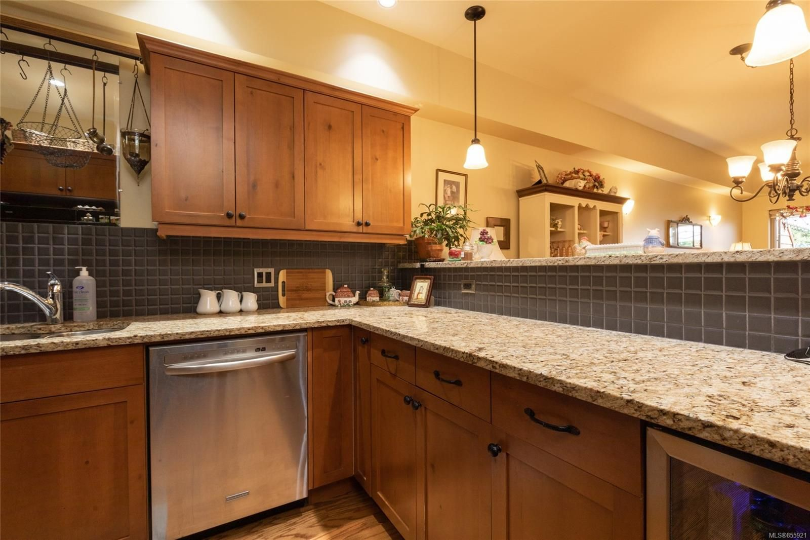 Photo 8: Photos: 206 1244 4TH Ave in : Du Ladysmith Row/Townhouse for sale (Duncan)  : MLS®# 855921