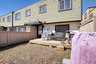 Photo 36: 22 3809 45 Street SW in Calgary: Glenbrook Row/Townhouse for sale : MLS®# A1090876