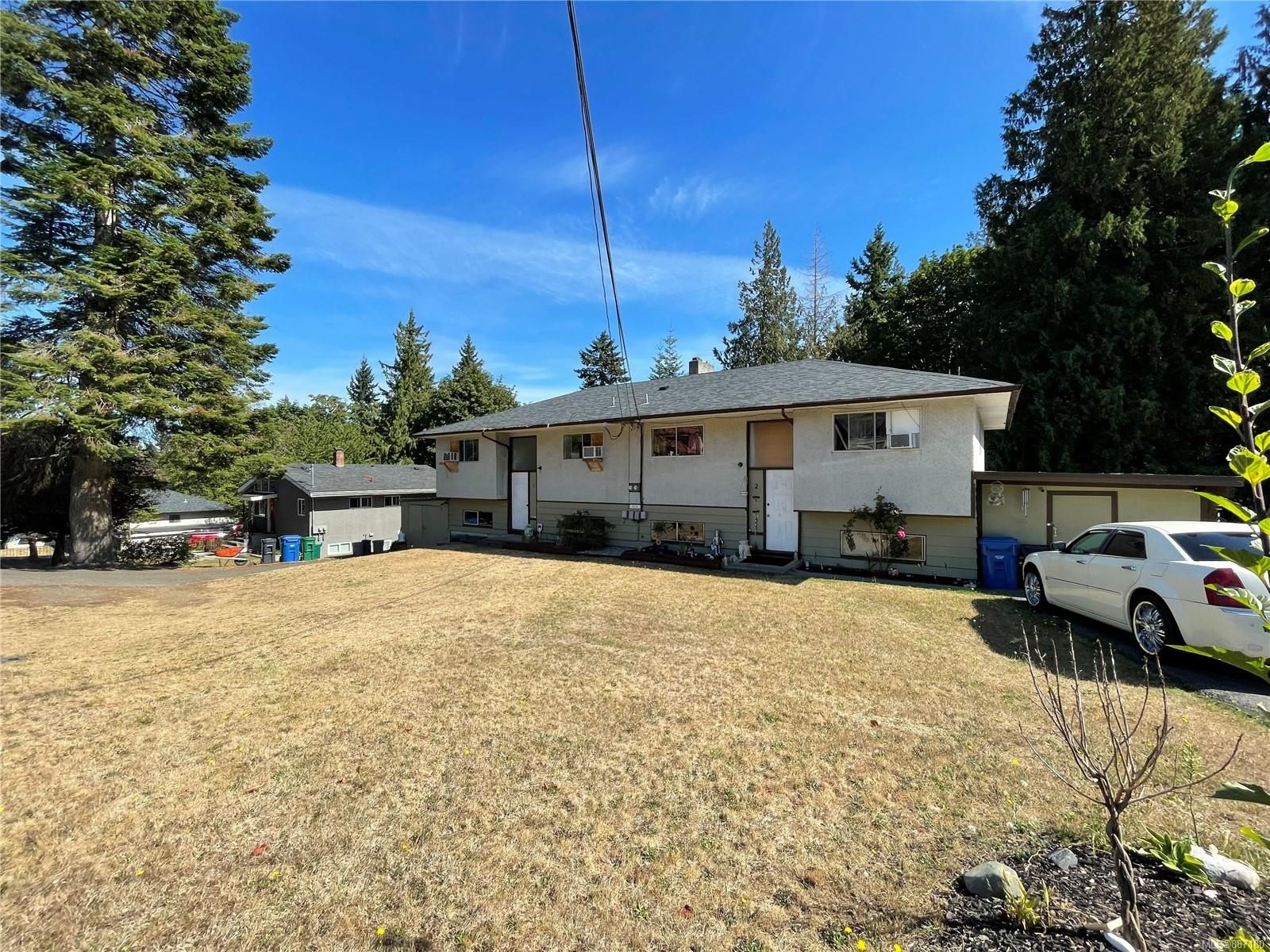 Main Photo: 1712 Extension Rd in Nanaimo: Na Chase River Multi Family for sale : MLS®# 887180