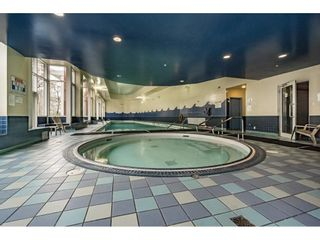 """Photo 19: 607 1077 MARINASIDE Crescent in Vancouver: Yaletown Condo for sale in """"Marinaside Resort"""" (Vancouver West)  : MLS®# R2573754"""