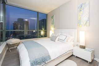 Photo 11: 2104 1239 W GEORGIA STREET in Vancouver: Coal Harbour Condo for sale (Vancouver West)  : MLS®# R2195458