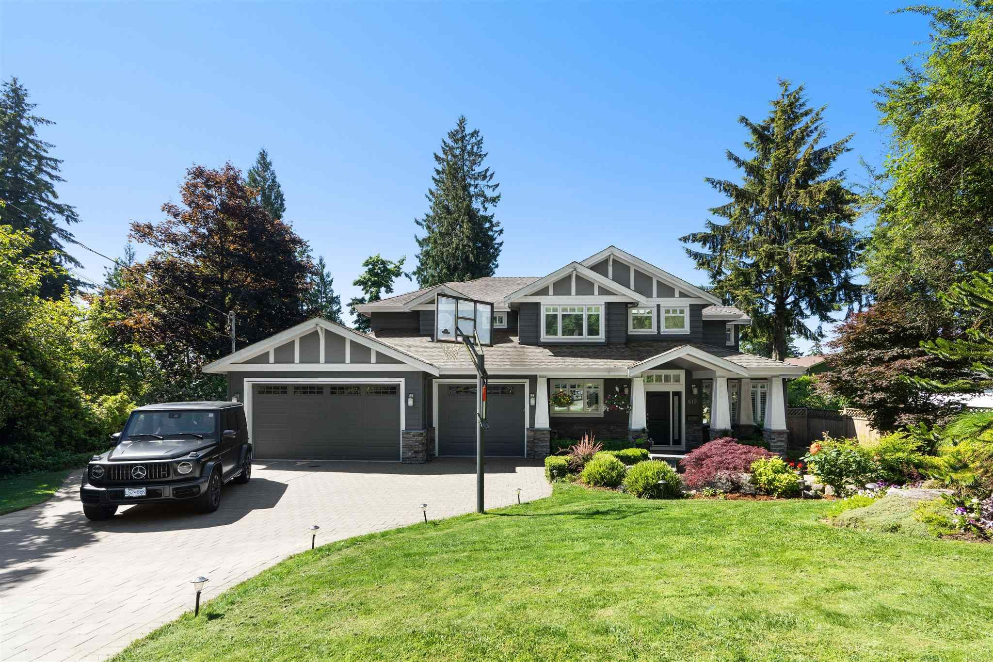 Main Photo: 619 E Queens Road in North Vancouver: Princess Park House for sale : MLS®# R2596912