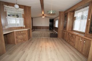 """Photo 5: 61 3300 HORN Street in Abbotsford: Central Abbotsford Manufactured Home for sale in """"Georgian Park"""" : MLS®# R2519380"""