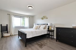 """Photo 16: 35822 CANTERBURY Avenue in Abbotsford: Abbotsford East House for sale in """"Mountain Village"""" : MLS®# R2583174"""
