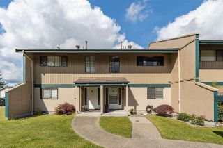 """Photo 27: 68 5850 177B Street in Surrey: Cloverdale BC Townhouse for sale in """"DOGWOOD GARDEN"""" (Cloverdale)  : MLS®# R2584104"""
