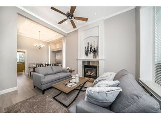 """Photo 3: 14927 35 Avenue in Surrey: Morgan Creek House for sale in """"Rosemary Heights"""" (South Surrey White Rock)  : MLS®# R2278185"""