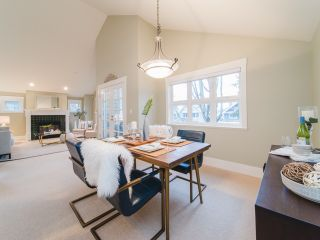 """Photo 8: 322 W 15TH Avenue in Vancouver: Mount Pleasant VW Townhouse for sale in """"Mayor's House"""" (Vancouver West)  : MLS®# R2324549"""
