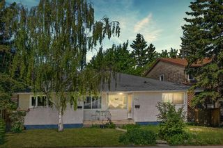 Main Photo: 335 37 Street SW in Calgary: Spruce Cliff Semi Detached for sale : MLS®# A1111516