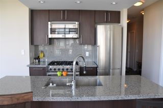 Photo 8: 709 1708 COLUMBIA STREET in Vancouver: False Creek Condo for sale (Vancouver West)  : MLS®# R2059228