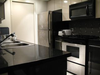 """Photo 10: 3308 1408 STRATHMORE Mews in Vancouver: Yaletown Condo for sale in """"WEST ONE"""" (Vancouver West)  : MLS®# R2118511"""