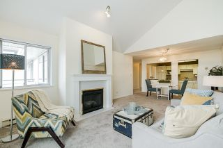 Photo 6: 305 19645 64 AVENUE in Langley: Willoughby Heights Condo for sale : MLS®# R2398331