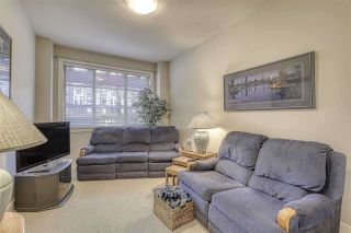 """Photo 8: 107 16421 64 Avenue in Surrey: Cloverdale BC Condo for sale in """"St. Andrews"""" (Cloverdale)  : MLS®# R2458467"""