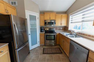 Photo 13: 10 Pamela Road in Winnipeg: Island Lakes Residential for sale (2J)  : MLS®# 202120895