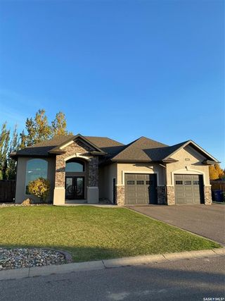 Photo 1: 192 5th Avenue West in Battleford: Residential for sale : MLS®# SK874008