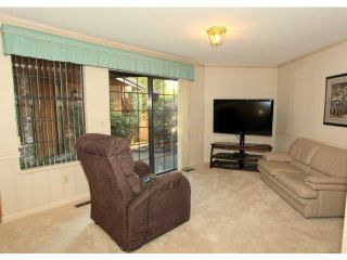 Photo 5: # 1 1804 SOUTHMERE CR in Surrey: Sunnyside Park Surrey Condo for sale (South Surrey White Rock)  : MLS®# F1400793