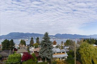 Photo 8: 4554 LANGARA Avenue in Vancouver: Point Grey House for sale (Vancouver West)  : MLS®# R2625652