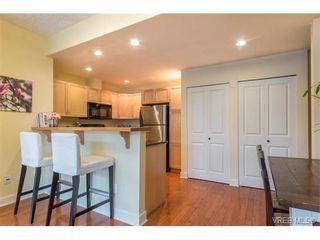Photo 8: 206 1831 Oak Bay Ave in VICTORIA: Vi Fairfield East Condo for sale (Victoria)  : MLS®# 752253