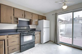 Photo 18: 329 Woodvale Crescent SW in Calgary: Woodlands Semi Detached for sale : MLS®# A1093334
