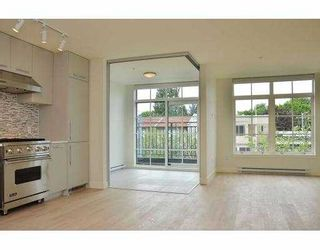 """Photo 7: 308 4355 W 10TH Avenue in Vancouver: Point Grey Condo for sale in """"IRON & WHYTE"""" (Vancouver West)  : MLS®# V954621"""