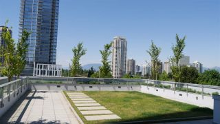 """Photo 15: 506 6333 SILVER Avenue in Burnaby: Metrotown Condo for sale in """"SILVER BY INTRACORP"""" (Burnaby South)  : MLS®# R2171155"""
