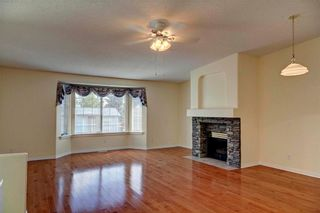 Photo 4: 110 MILLBANK Hill(S) SW in Calgary: Millrise House for sale : MLS®# C4125584