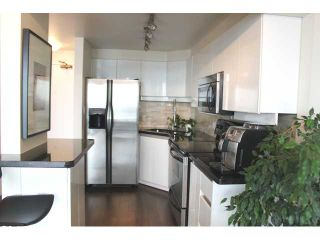 """Photo 9: 2802 930 CAMBIE Street in Vancouver: Yaletown Condo for sale in """"PACIFIC LANDMARK II"""" (Vancouver West)  : MLS®# V1072041"""