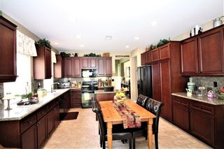 Photo 5: OCEANSIDE House for sale : 3 bedrooms : 149 Canyon Creek Way