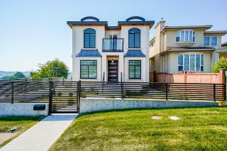 """Main Photo: 2996 E 6TH Avenue in Vancouver: Renfrew VE House for sale in """"Renfrew"""" (Vancouver East)  : MLS®# R2598771"""