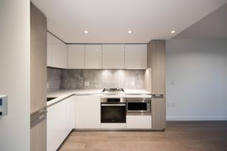 """Photo 5: 2003 1111 RICHARDS Street in Vancouver: Yaletown Condo for sale in """"8X ON THE PARK"""" (Vancouver West)  : MLS®# R2620918"""