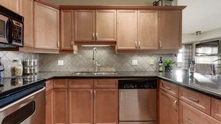 Photo 7: 702 10319 111 Street in Edmonton: Zone 12 Condo for sale : MLS®# E4223695